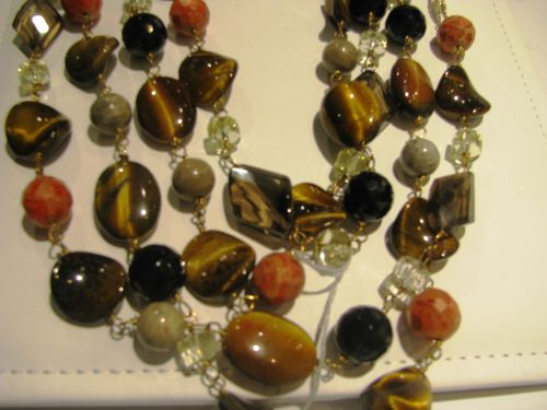Blog JCK tigers eye beads LV4 012 (2)