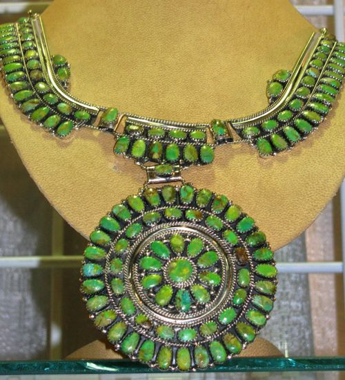 Blog JCK green turq necklace LV4 008 (2)