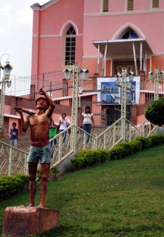 Blog Brazil miner statue DSC00327